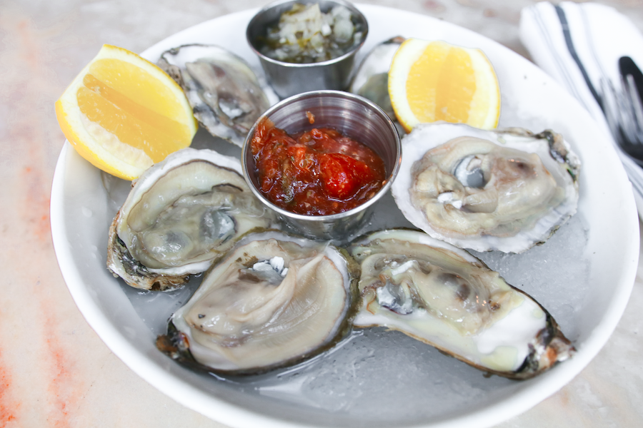 pacific oysters at los angeles restaurant